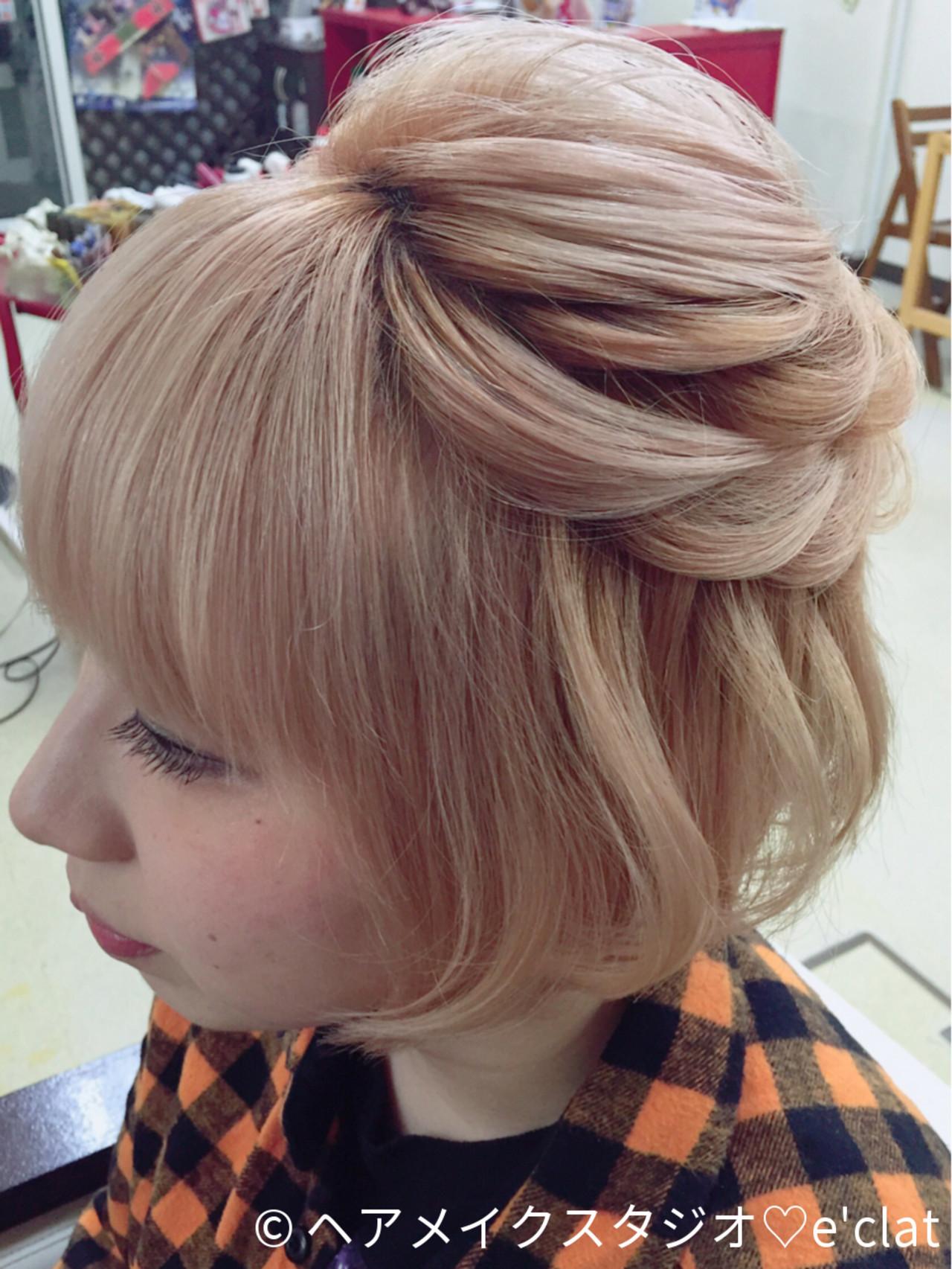 ショート フェミニン ボブ ハーフアップ ヘアスタイルや髪型の写真・画像