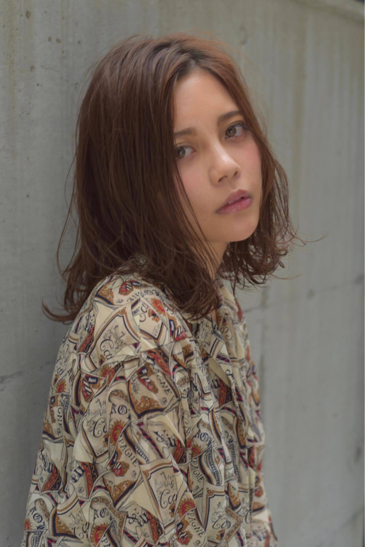 ミディアムヘアをもっと可愛く見せちゃおう♪内巻き・外巻きスタイル10選 小島翔一郎  depart表参道