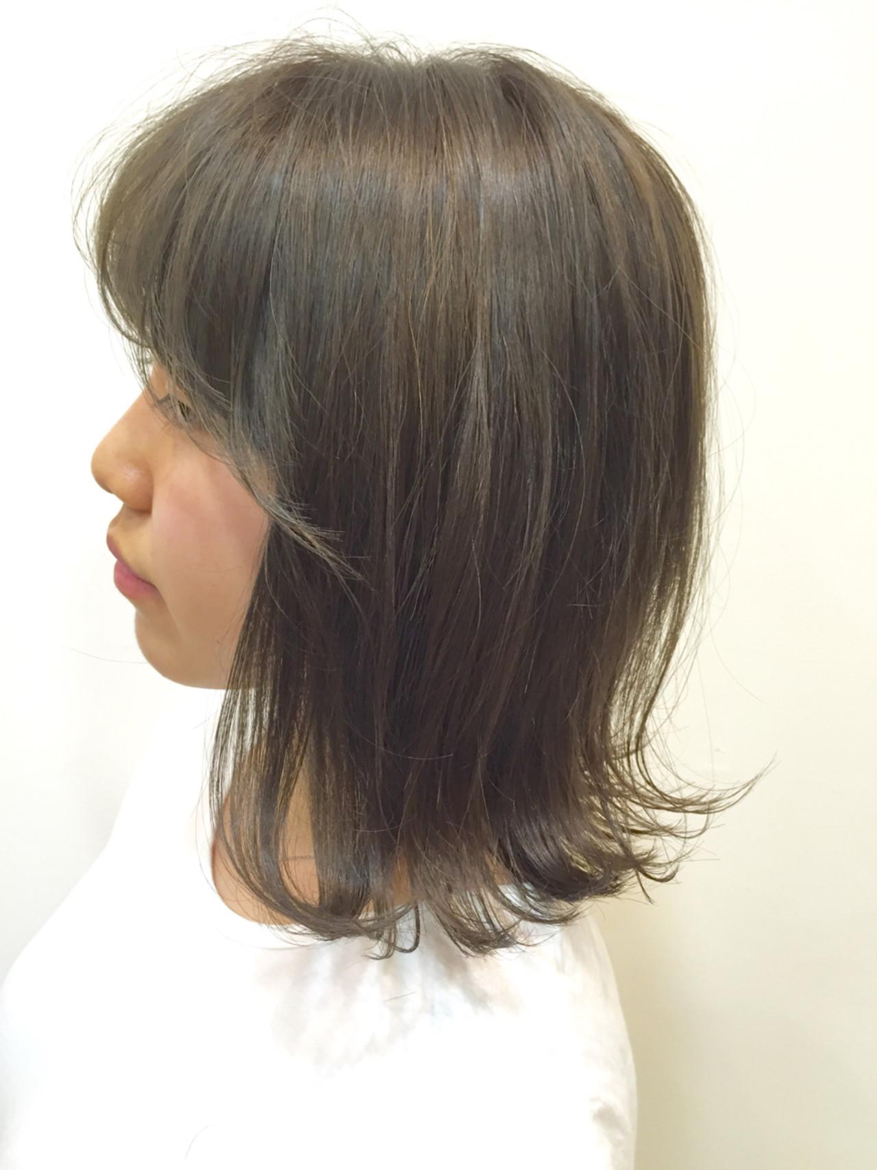 透明感 外ハネ シースルーバング ナチュラル ヘアスタイルや髪型の写真・画像
