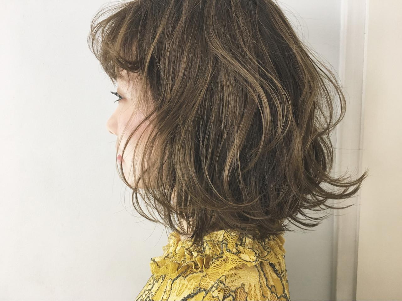 外ハネ アッシュ ガーリー ウルフカット ヘアスタイルや髪型の写真・画像