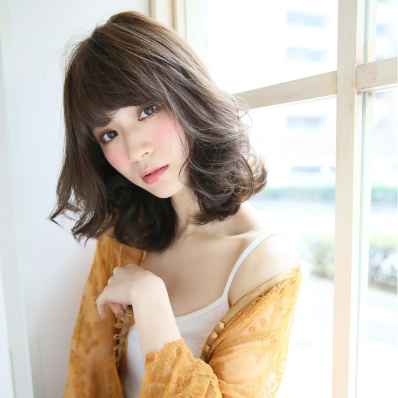 ミディアム エレガント 上品 外国人風 ヘアスタイルや髪型の写真・画像