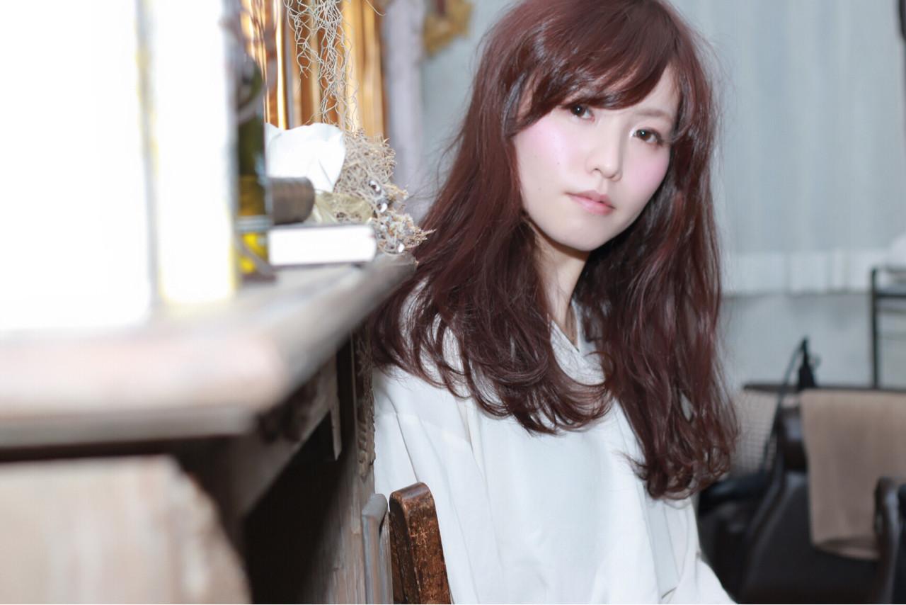 外国人風 イルミナカラー セミロング ニュアンス ヘアスタイルや髪型の写真・画像