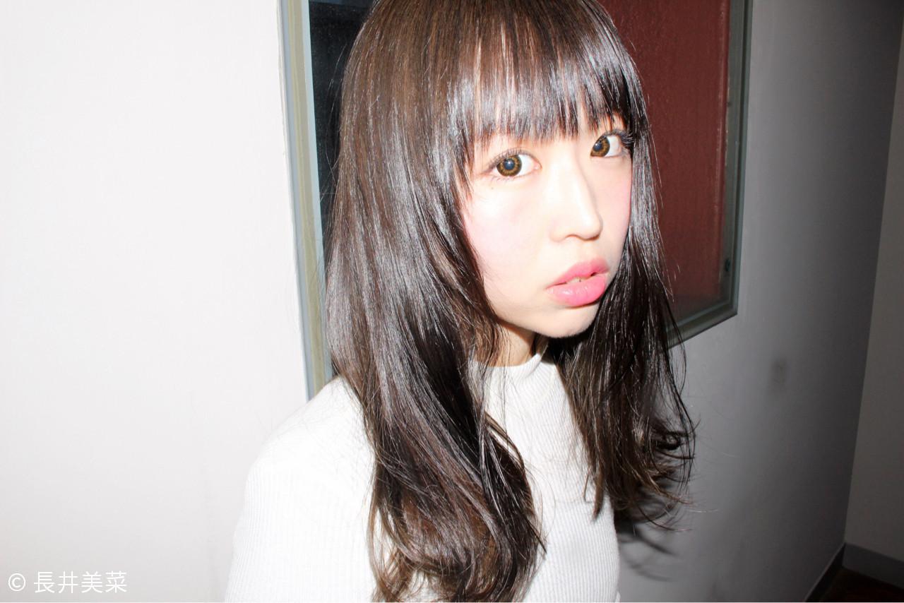前髪あり ミルクティー ナチュラル セミロング ヘアスタイルや髪型の写真・画像