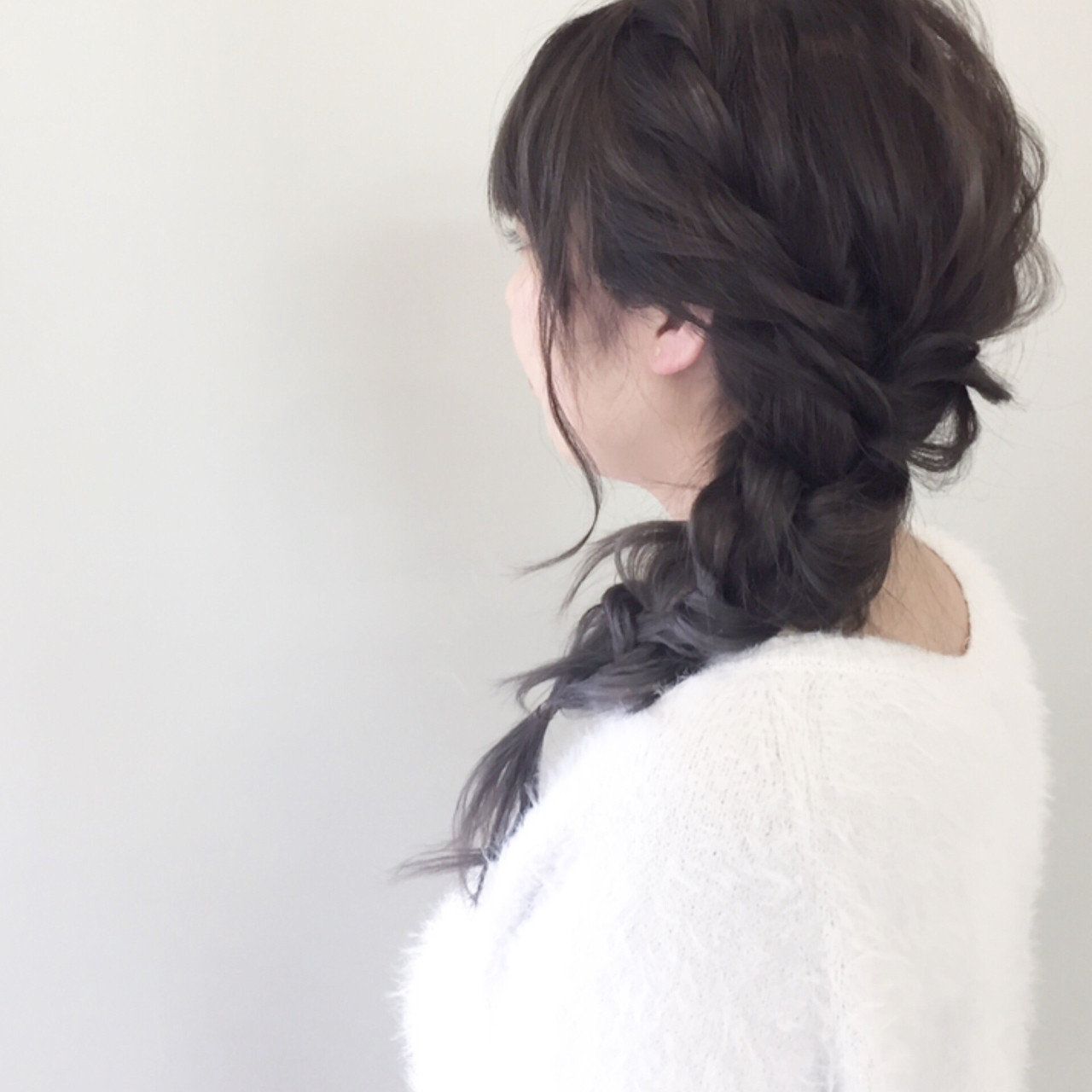 三つ編み セミロング 簡単ヘアアレンジ 大人女子 ヘアスタイルや髪型の写真・画像