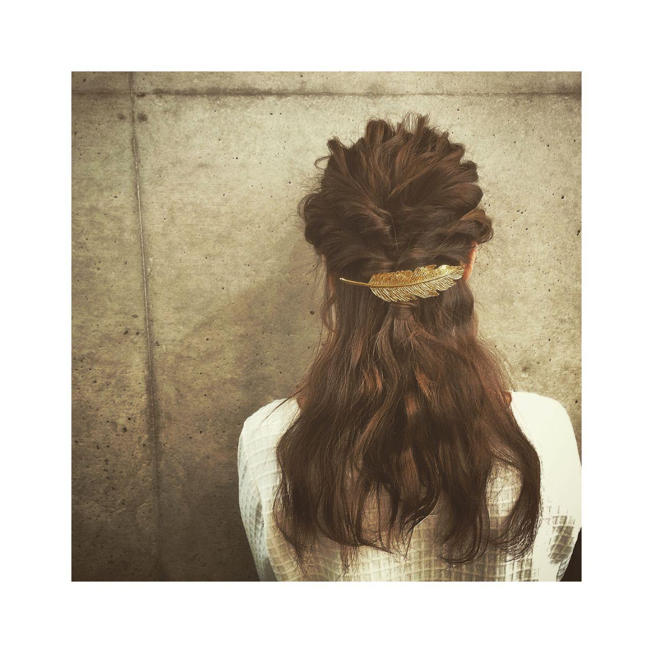 バレッタ 編み込み ヘアアレンジ 簡単ヘアアレンジ ヘアスタイルや髪型の写真・画像