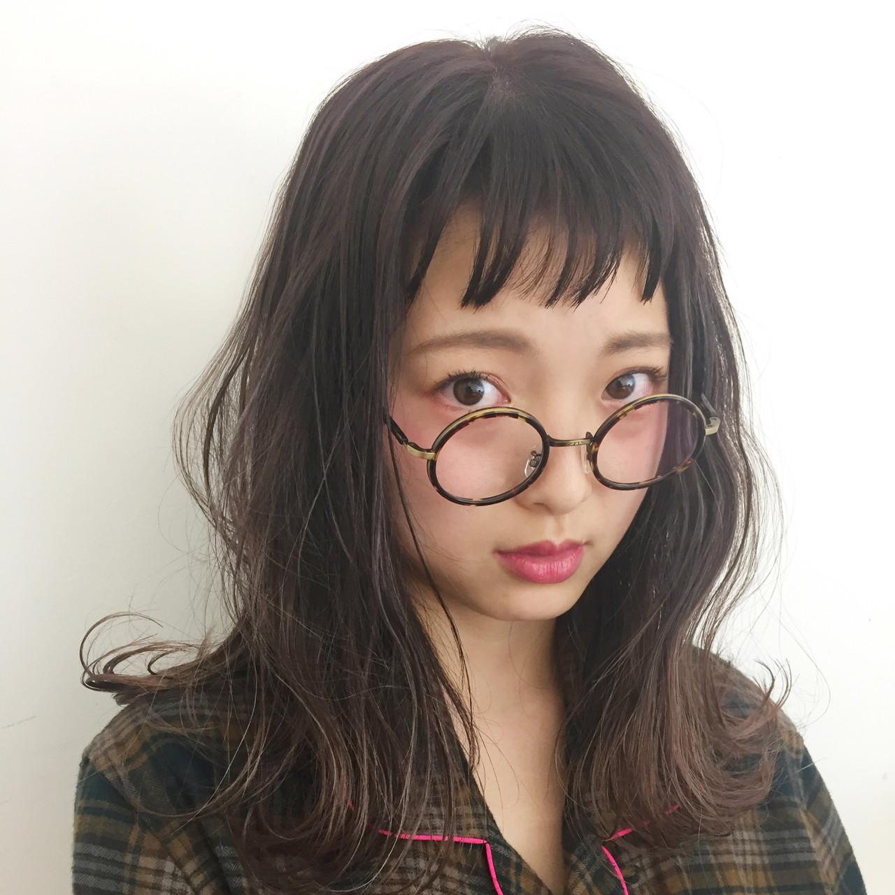 グレージュ ナチュラル オン眉 外国人風カラー ヘアスタイルや髪型の写真・画像
