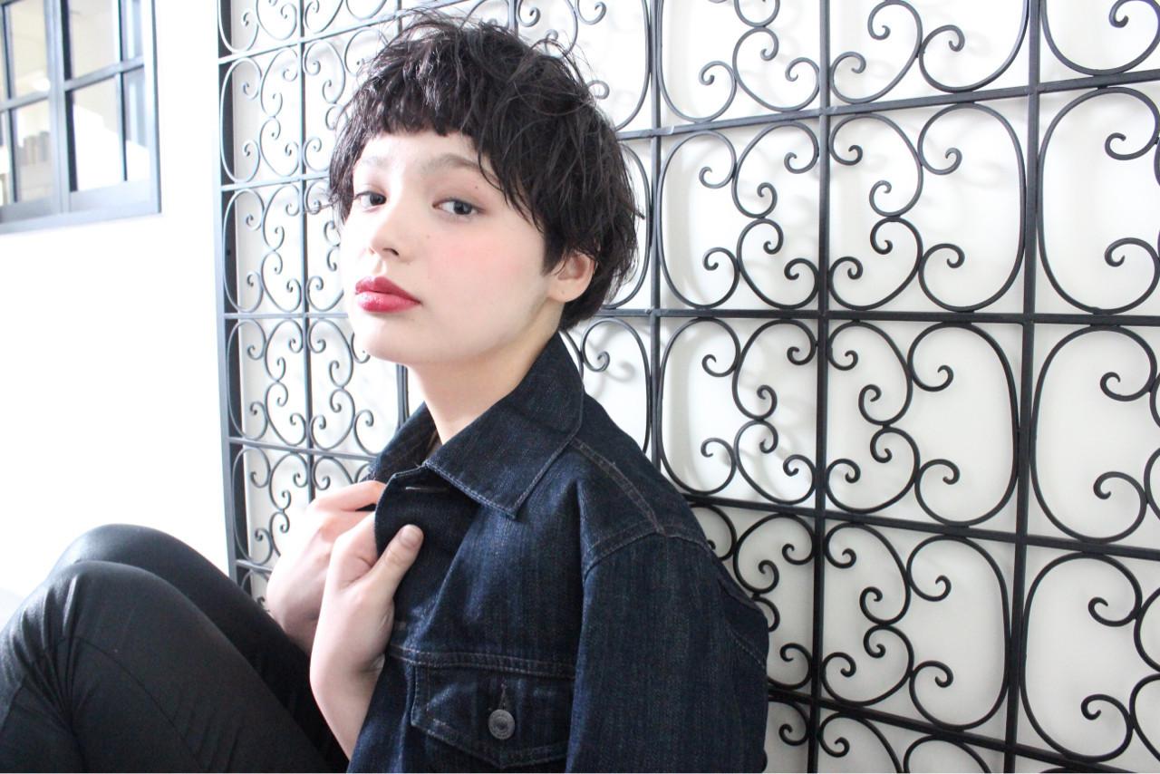リラックス ナチュラル ショートボブ 黒髪 ヘアスタイルや髪型の写真・画像