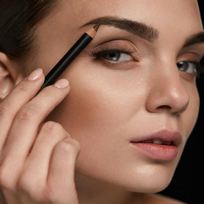 平行眉でナチュラル美人顔に♪上手にできる平行眉の作り方とポイント
