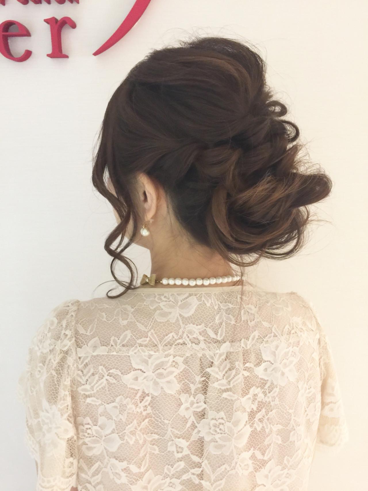 セミロング くるりんぱ 結婚式 パーティ ヘアスタイルや髪型の写真・画像