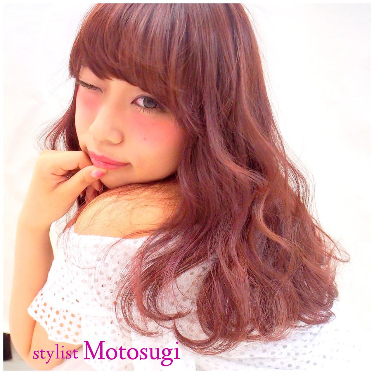 ピンク モテ髪 セミロング ラズベリー ヘアスタイルや髪型の写真・画像
