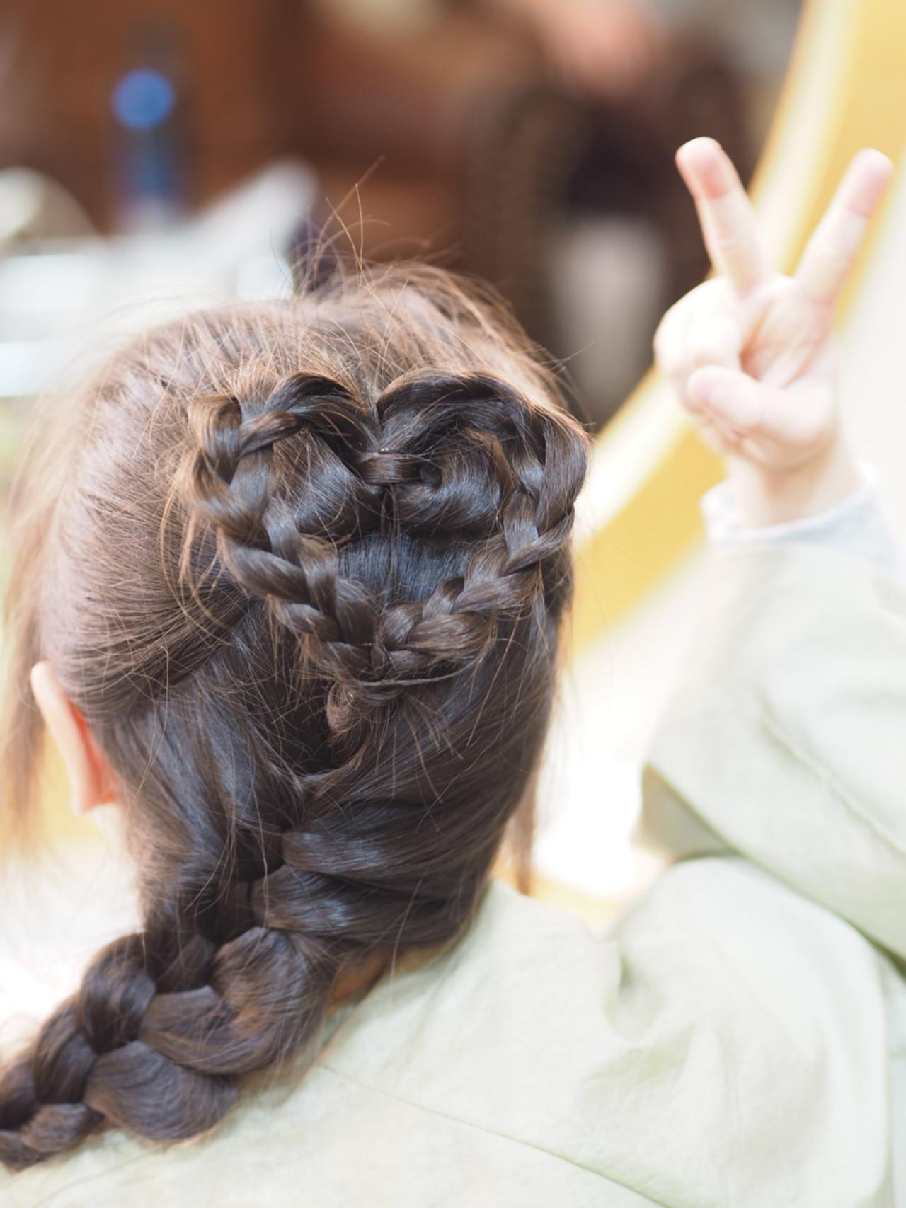 ハートモチーフでガーリーに♡とびきり可愛くなれちゃうハートのヘアアレンジ10選 瀧田 美和