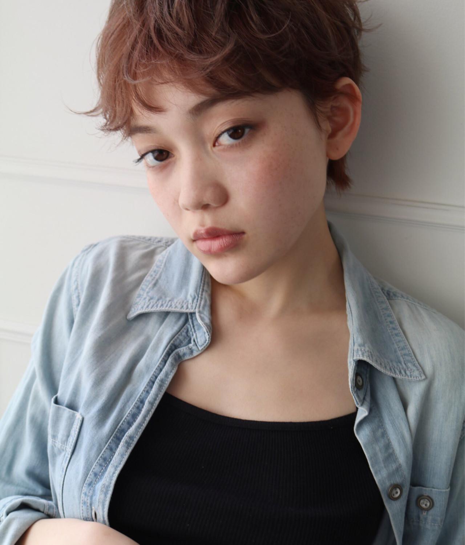 まるで天使♡やわらかキュートなフェザーバングでゆるふわスタイル 安村 美奈 | belta