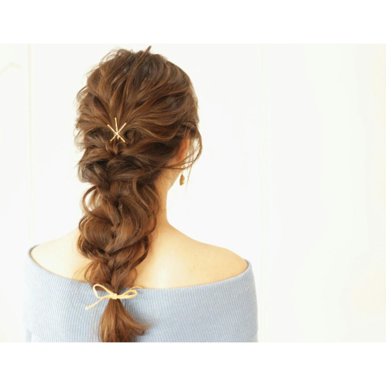 ヘアアクセ ヘアピン フェミニン ヘアアレンジ ヘアスタイルや髪型の写真・画像