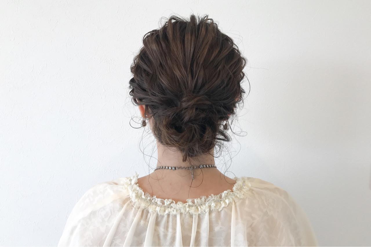 ナチュラル 結婚式 ヘアアレンジ シニヨン ヘアスタイルや髪型の写真・画像