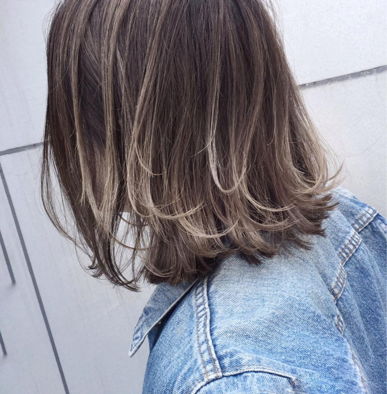 ストリート 外国人風 グレージュ ボブ ヘアスタイルや髪型の写真・画像