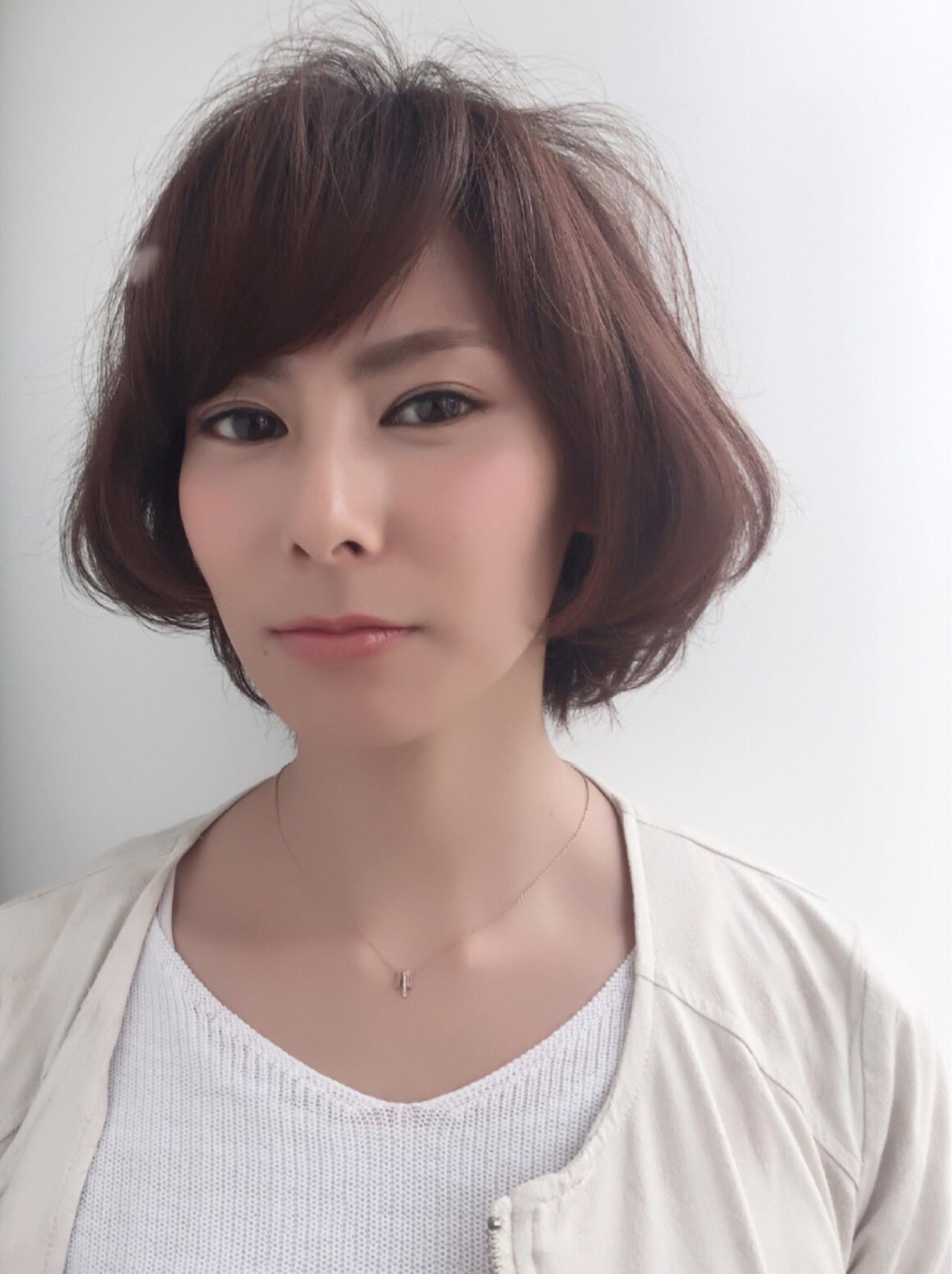 大人女子 似合わせ ナチュラル ショート ヘアスタイルや髪型の写真・画像