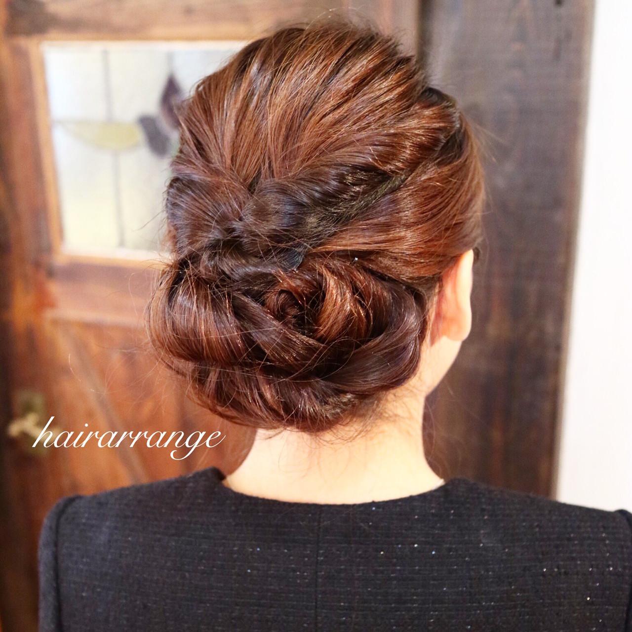 ヘアアレンジ セミロング シニヨン 簡単ヘアアレンジ ヘアスタイルや髪型の写真・画像