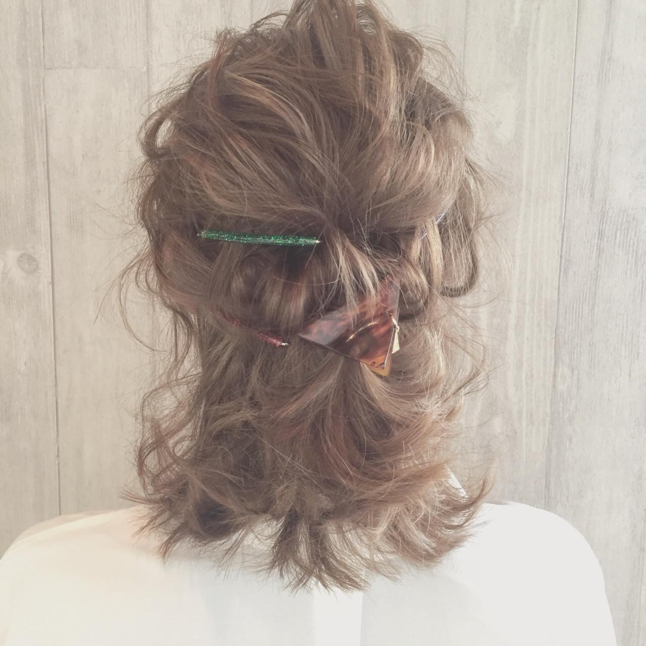 ゆるふわ ミルクティー ハーフアップ 波ウェーブ ヘアスタイルや髪型の写真・画像