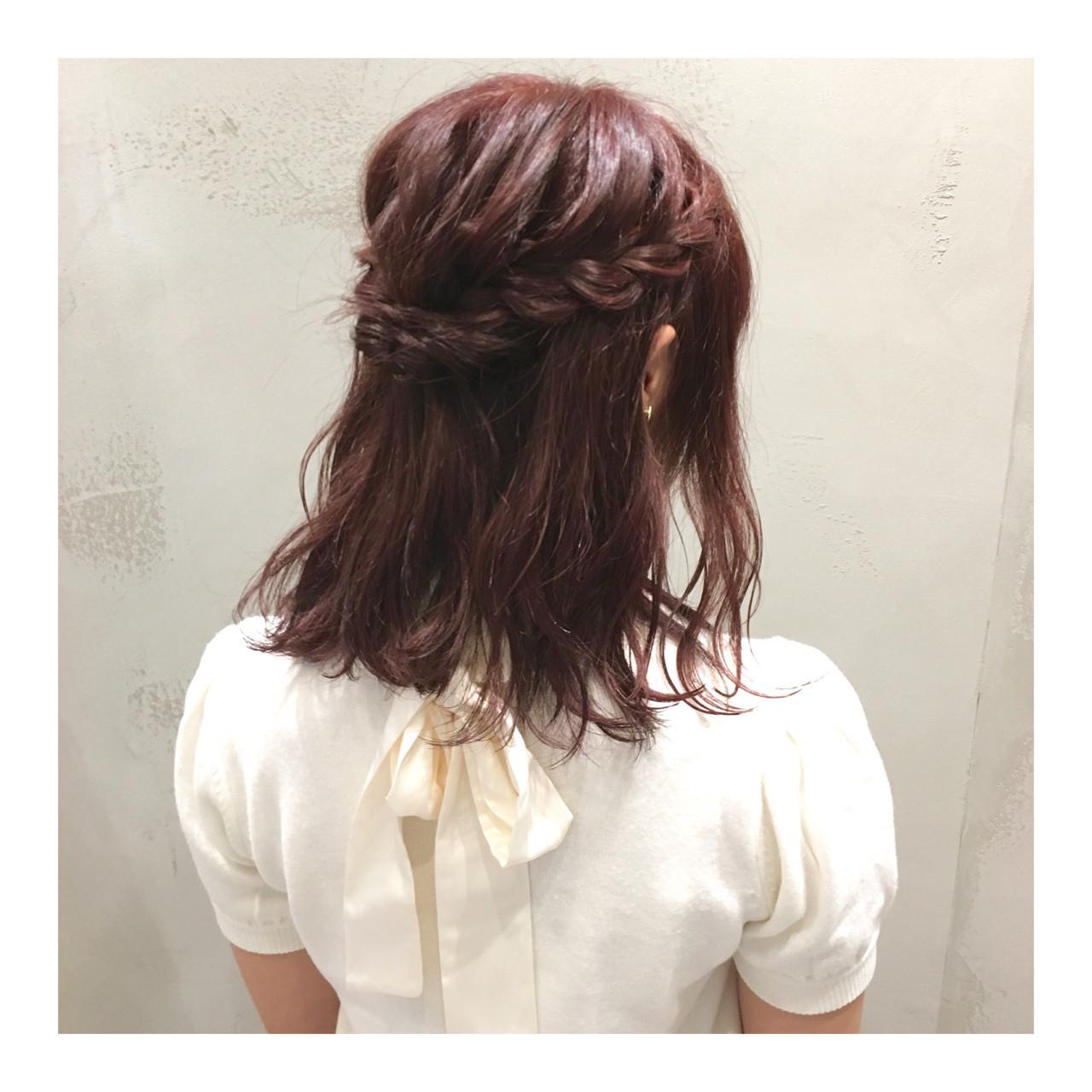 簡単ヘアアレンジ ミディアム ガーリー ピンクブラウン ヘアスタイルや髪型の写真・画像