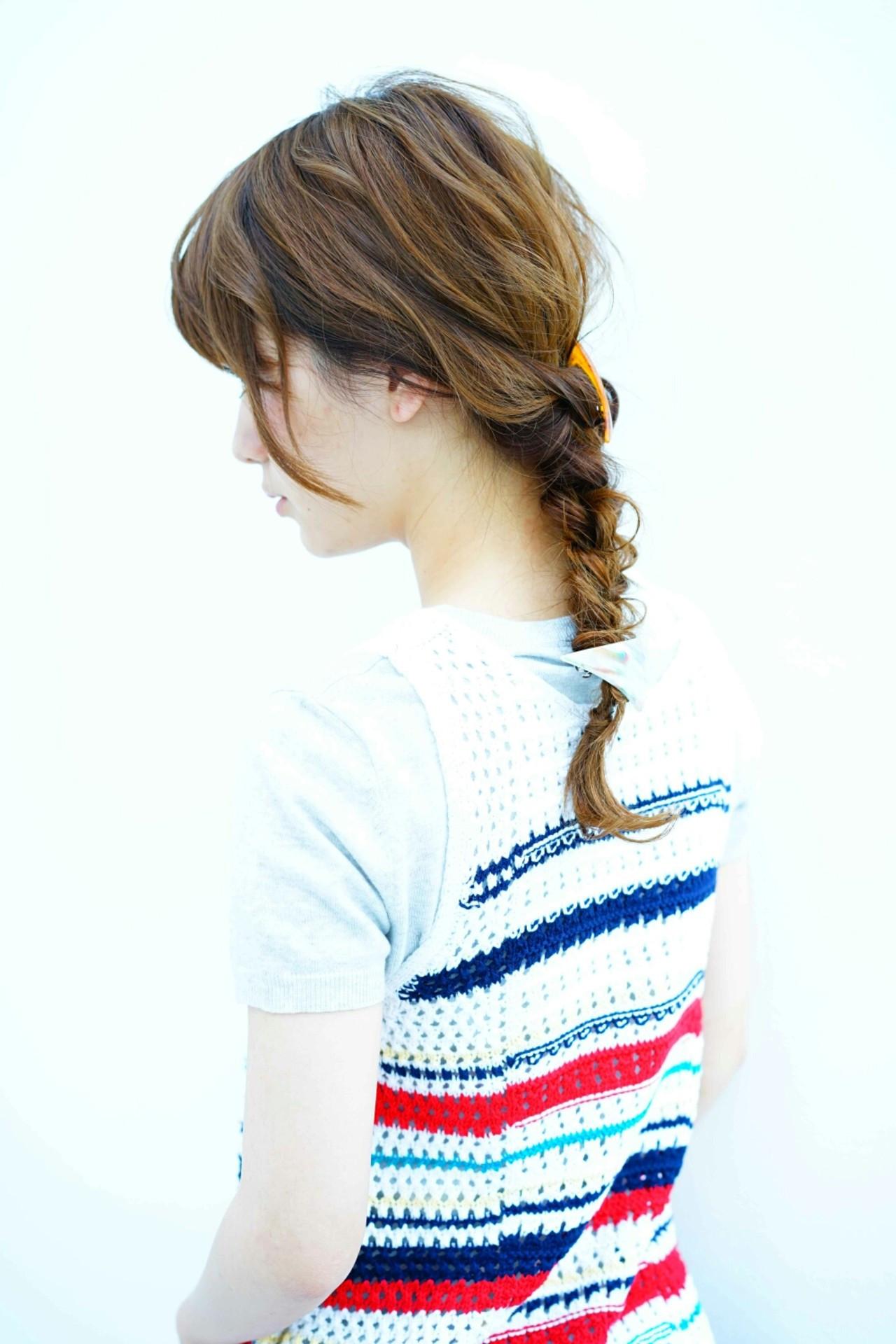 三つ編み ヘアアレンジ バレッタ ロング ヘアスタイルや髪型の写真・画像