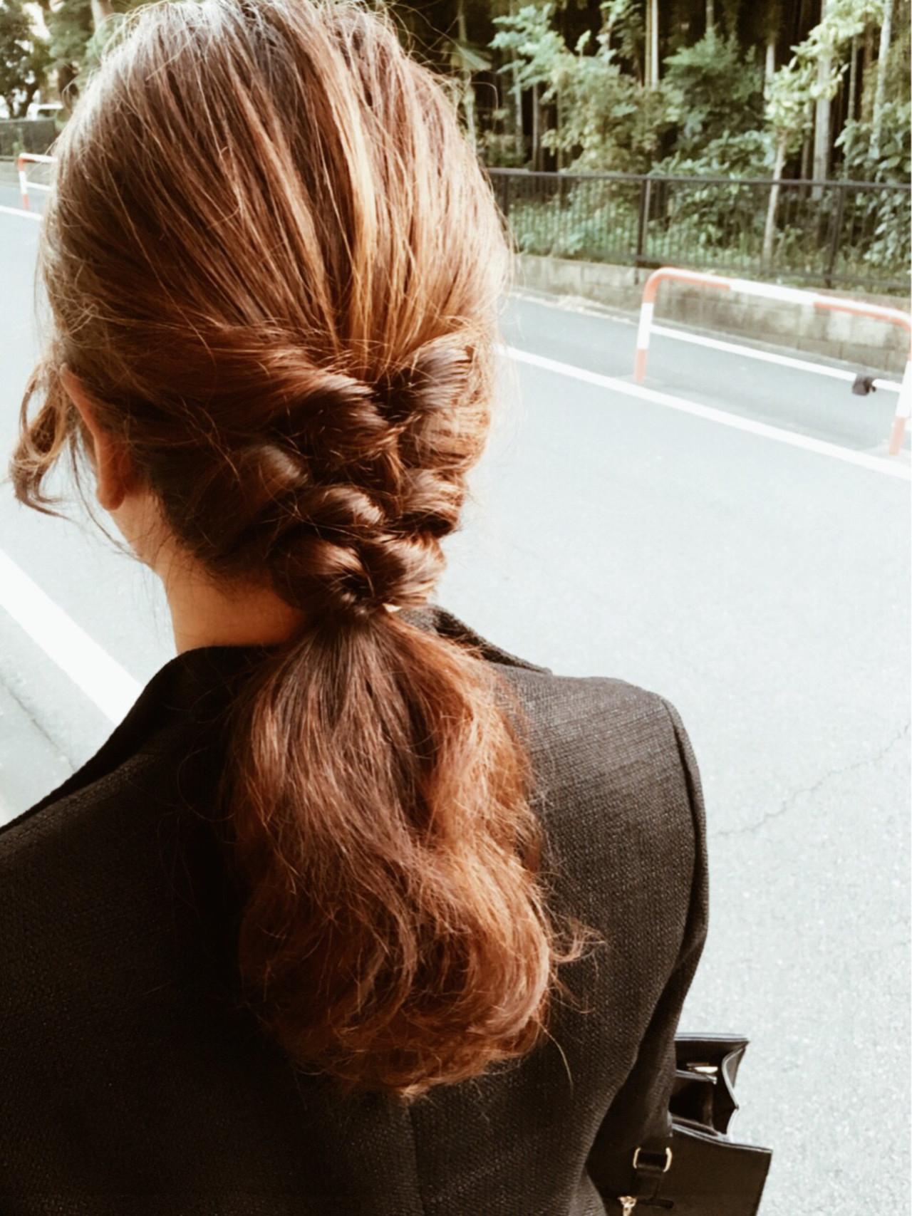 【簡単】オフィス向けセミロングの結び方ガイド♪きれいめまとめ髪で上品に noda asako
