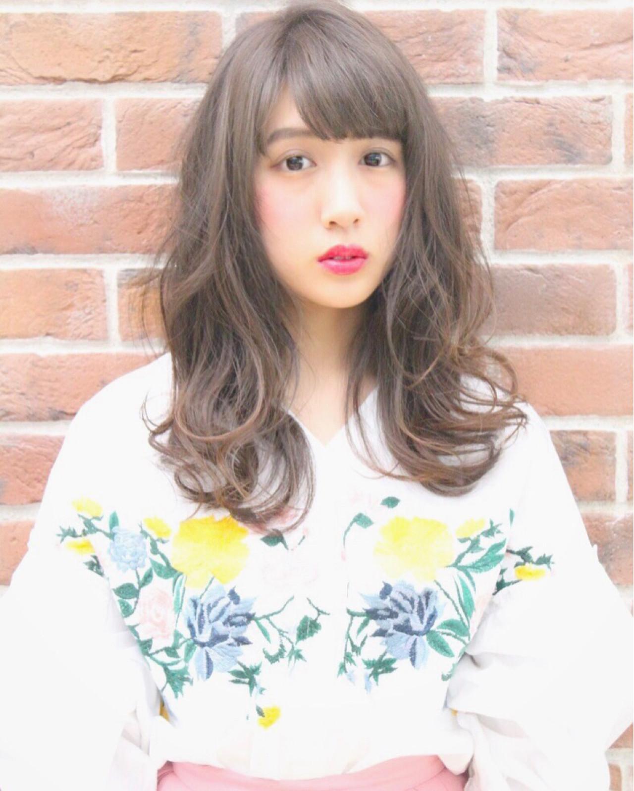 斜め前髪 ミディアム パーマ 色気 ヘアスタイルや髪型の写真・画像