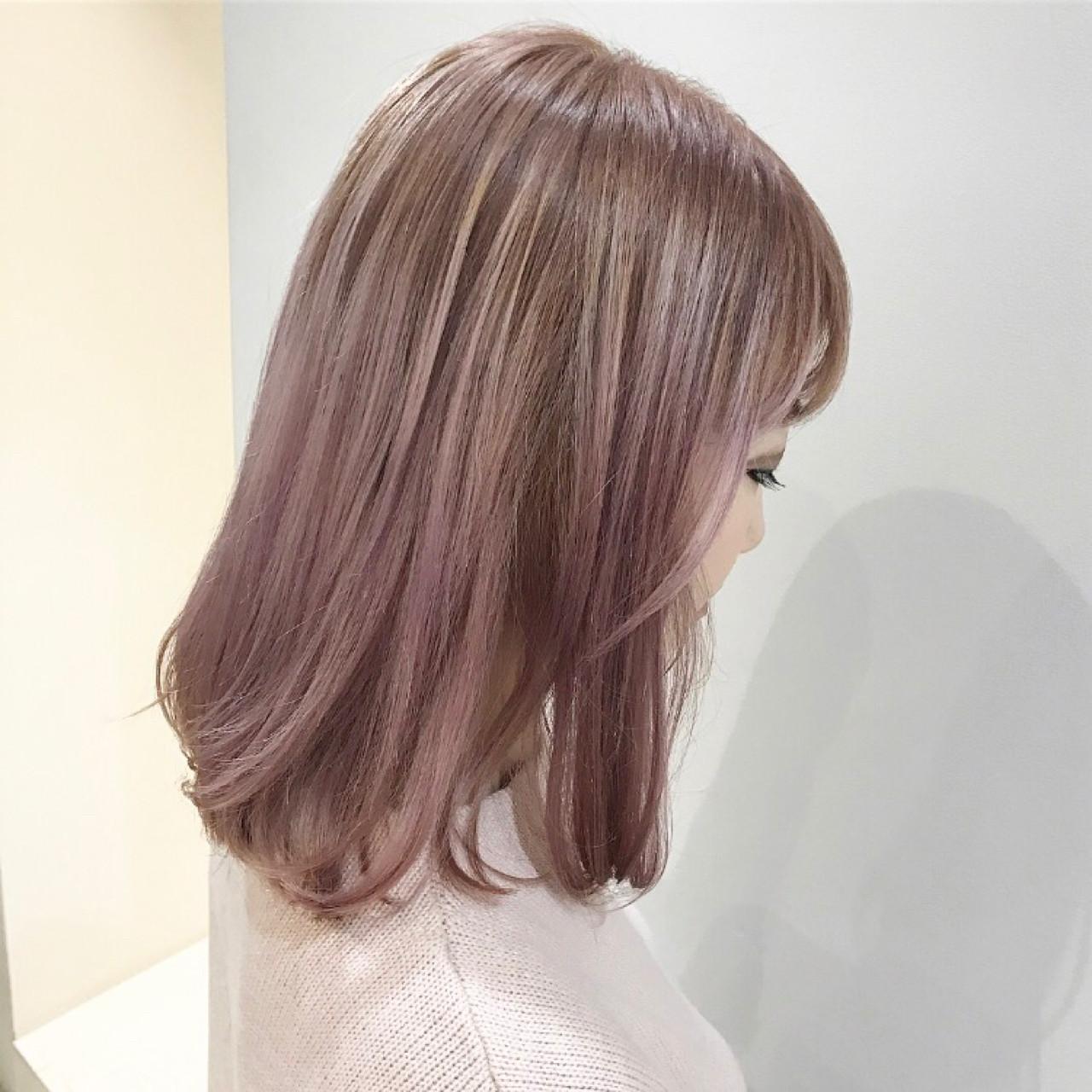 ピンク グラデーションカラー ガーリー ミディアム ヘアスタイルや髪型の写真・画像