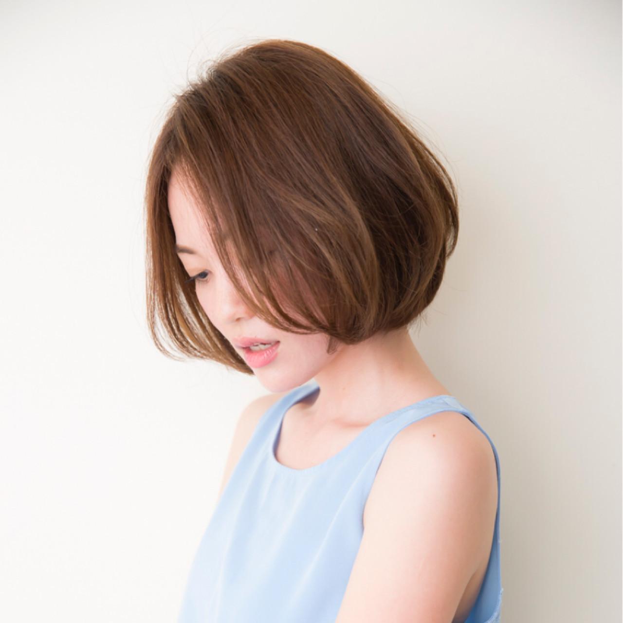 フリンジバング 簡単ヘアアレンジ ボブ パーマ ヘアスタイルや髪型の写真・画像