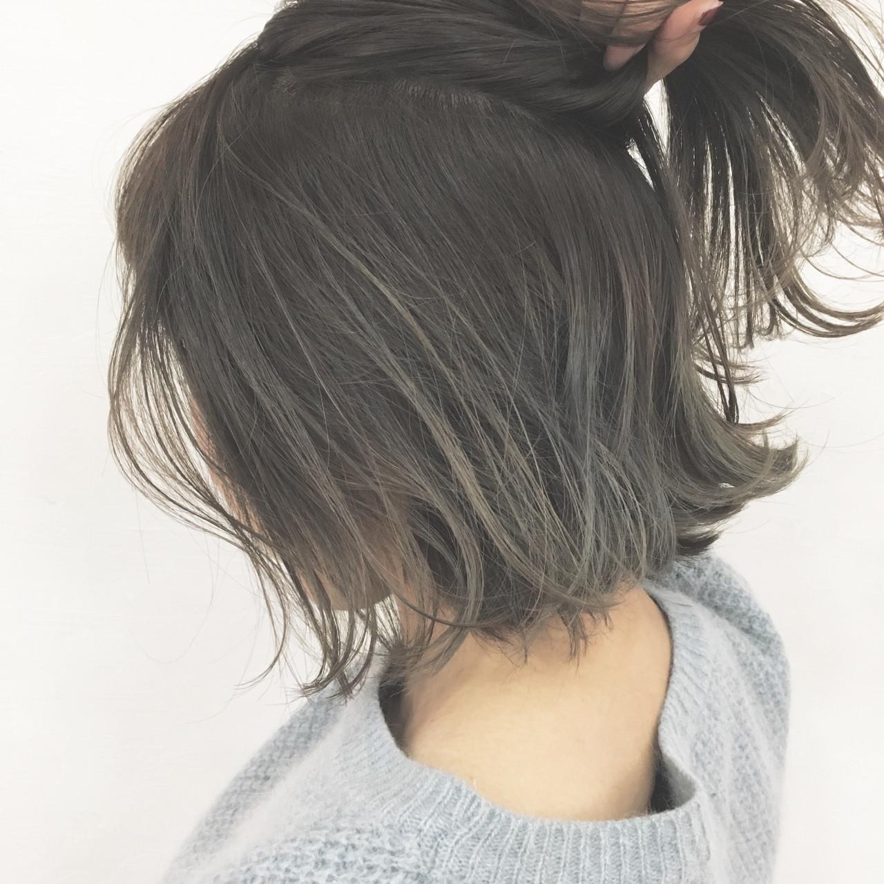 ハーフアップ グレージュ ボブ ナチュラル ヘアスタイルや髪型の写真・画像