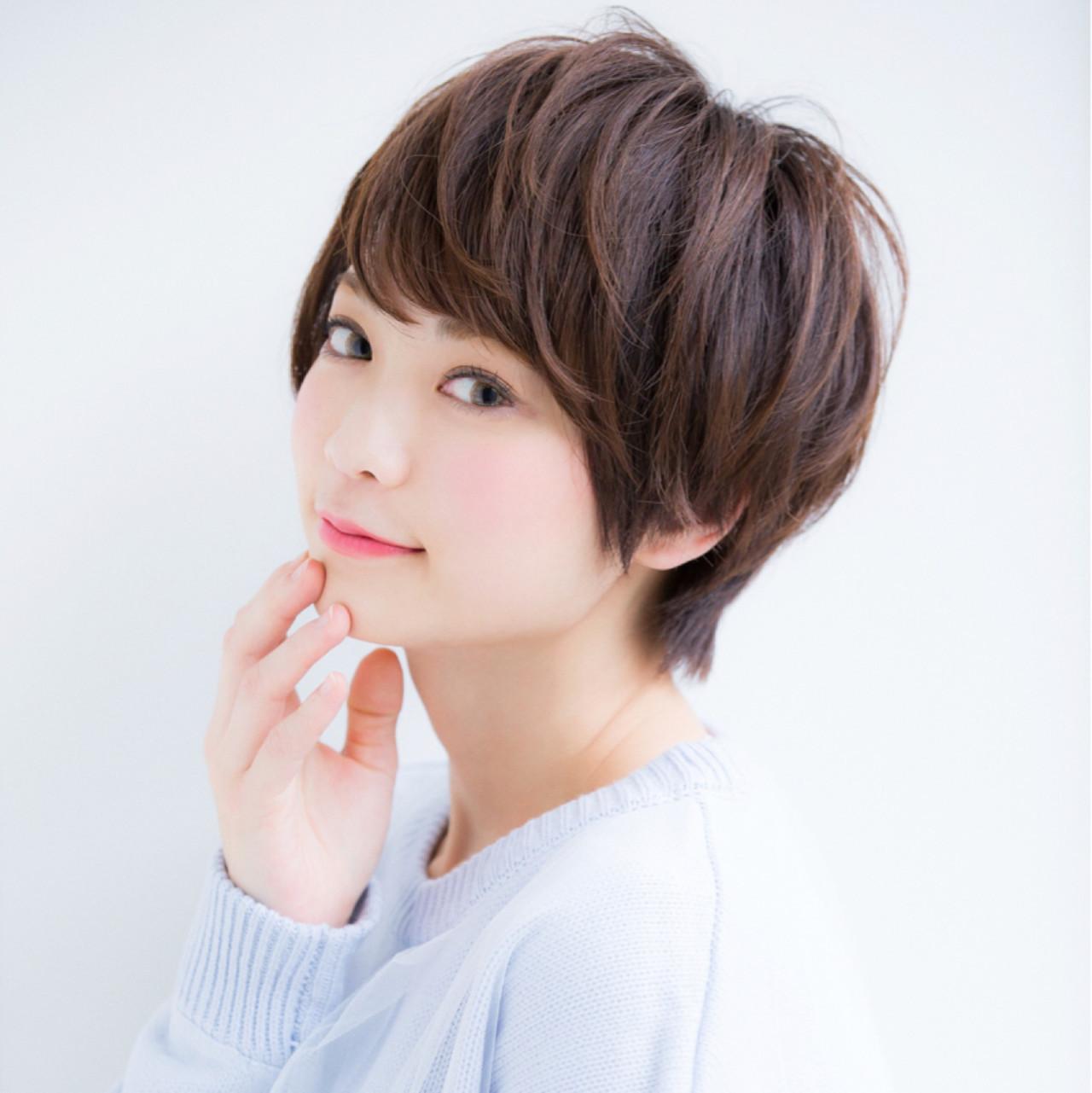 手軽に可愛いヘアスタイルが手に入る前髪くるんの作り方レッスン