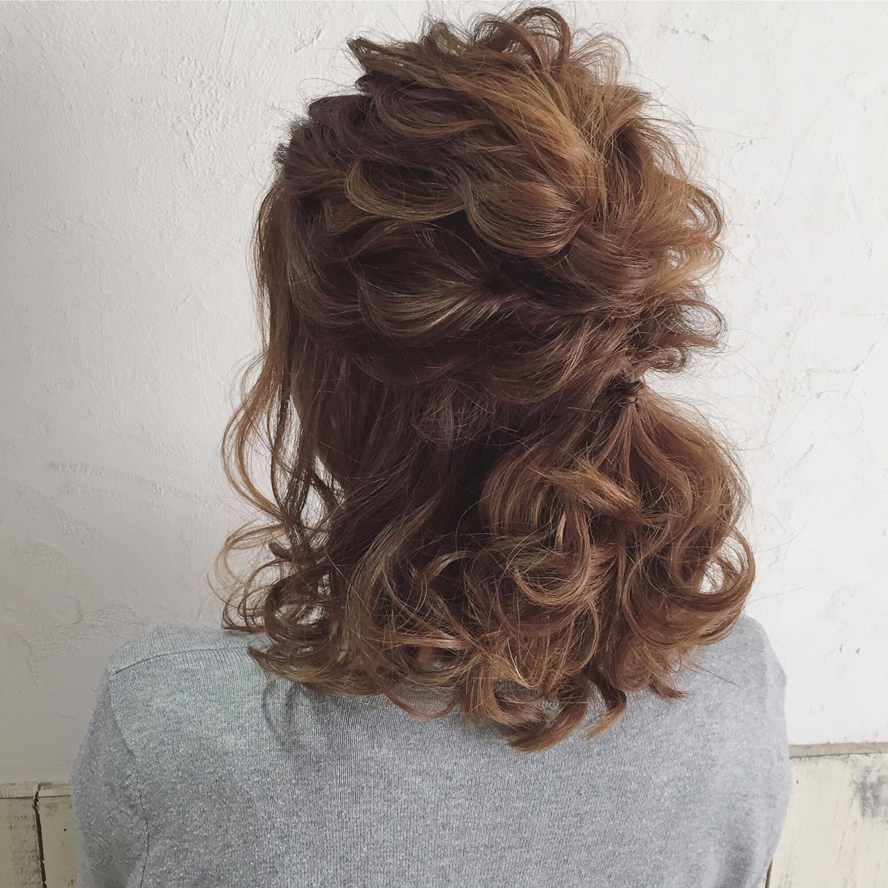 結婚式 ハーフアップ ゆるふわ 3Dカラー ヘアスタイルや髪型の写真・画像