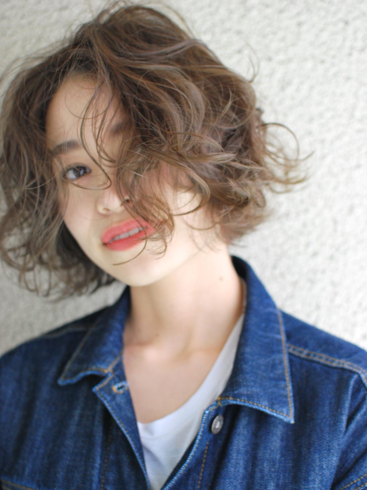 髪に透き通るような質感を!アッシュヘアカラーで理想の抜け感を手に入れる 大倉 聖由/HALS hairplace