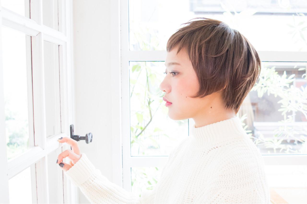 小顔 モード ショート 外国人風 ヘアスタイルや髪型の写真・画像