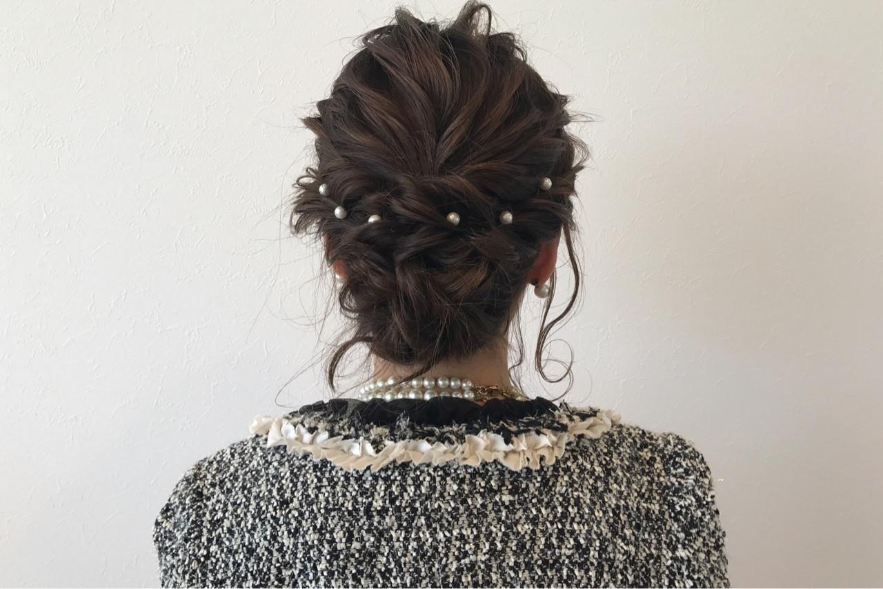 シニヨン 大人女子 ルーズ 上品 ヘアスタイルや髪型の写真・画像