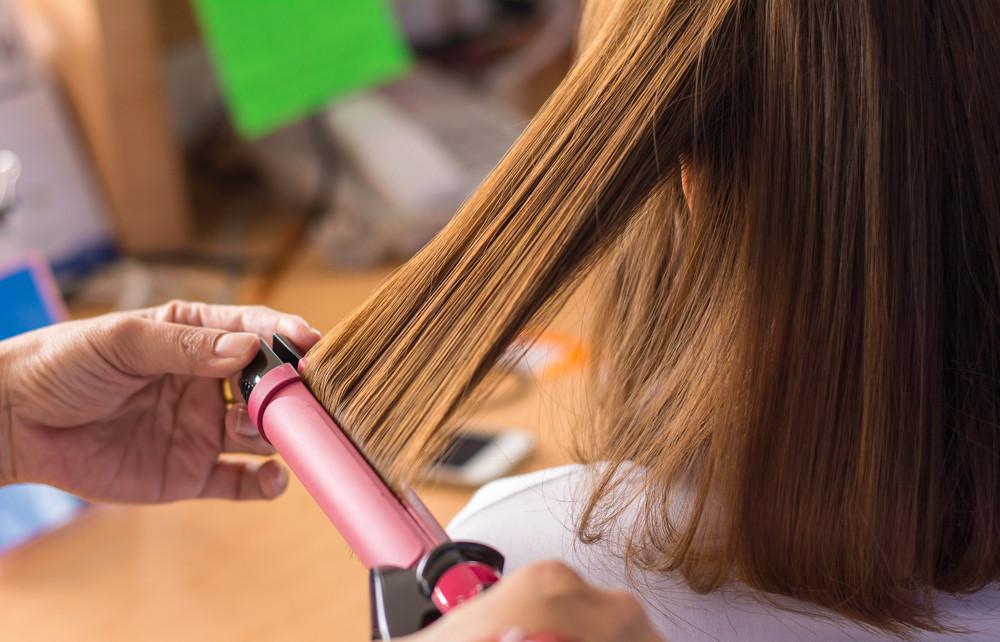 髪への紫外線対策忘れてない?髪を守るための紫外線対策とケアの方法
