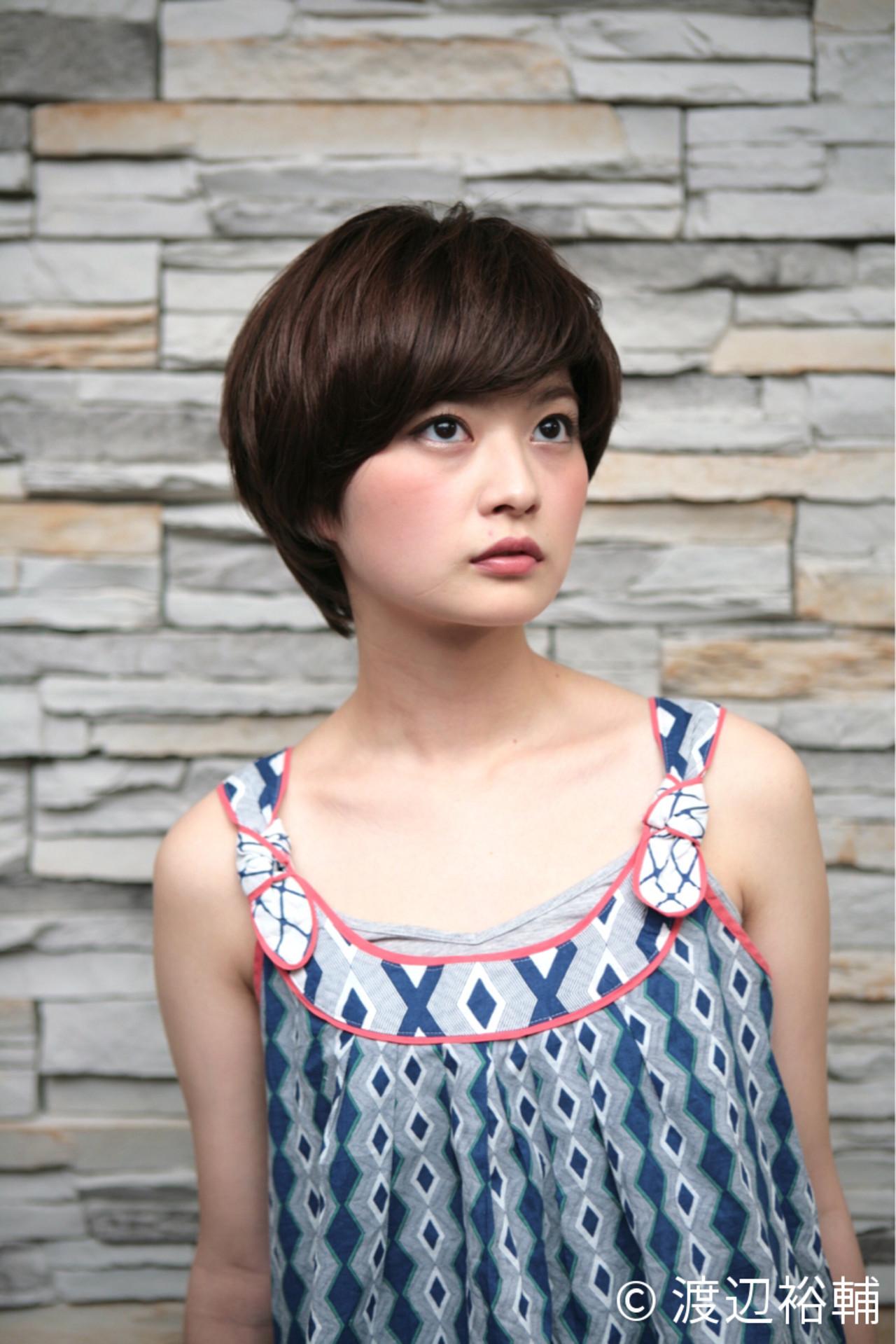 マッシュ 小顔 似合わせ ショート ヘアスタイルや髪型の写真・画像