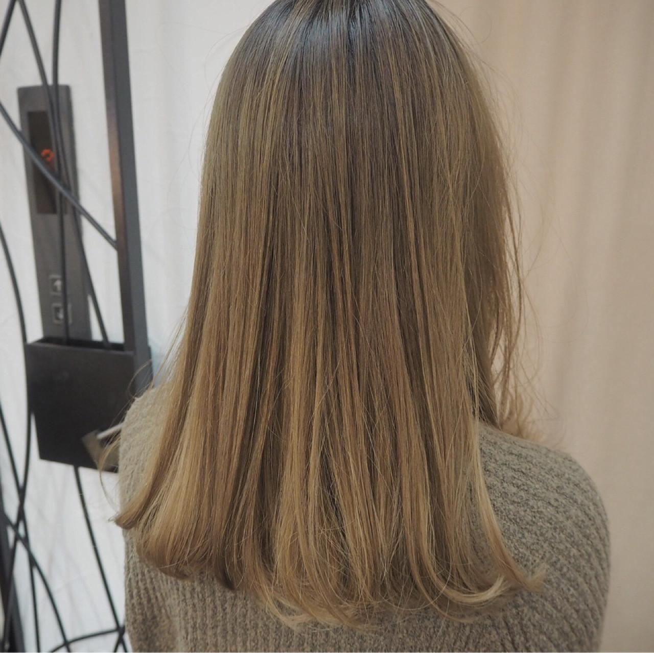 どんな色か知ってる?トレンドの髪色「グレージュ」でオトナ度アップ♡ 宮迫 真美