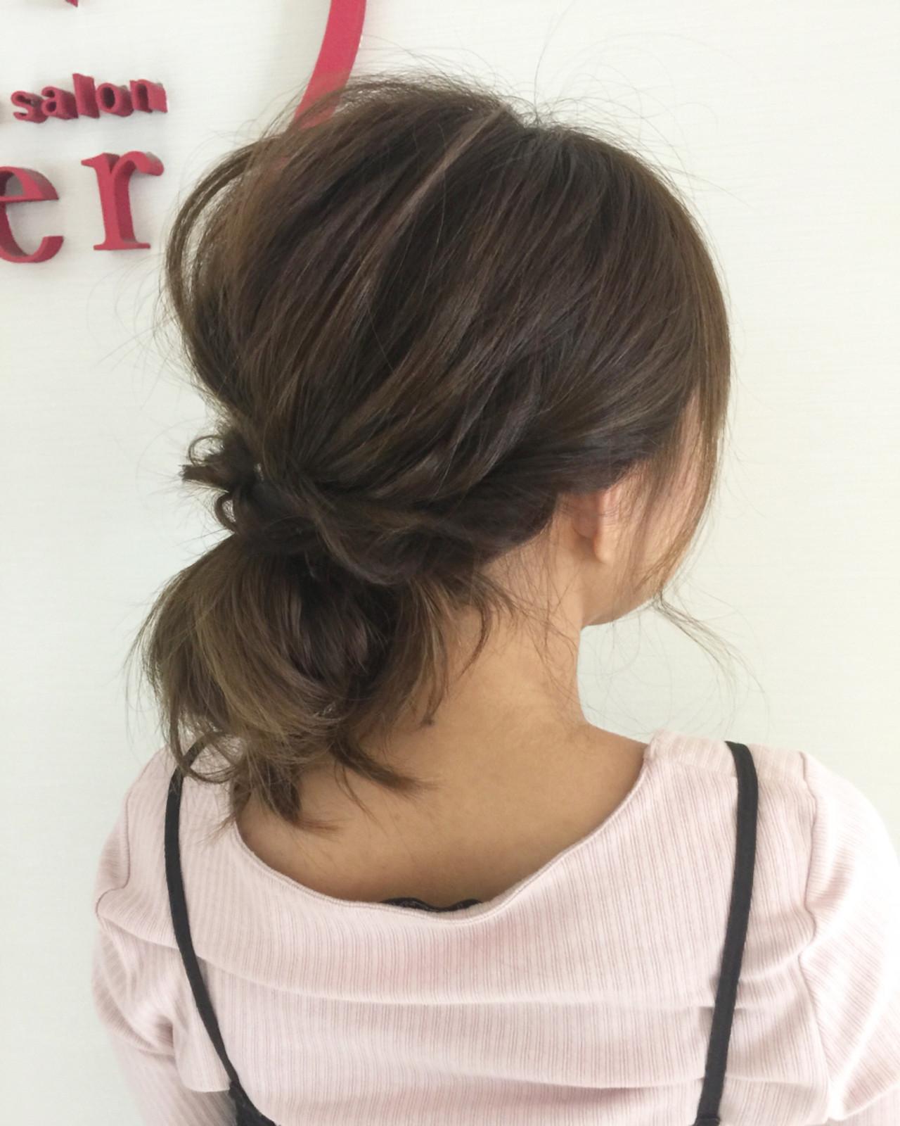 ルーズ ヘアアレンジ お団子 セミロング ヘアスタイルや髪型の写真・画像