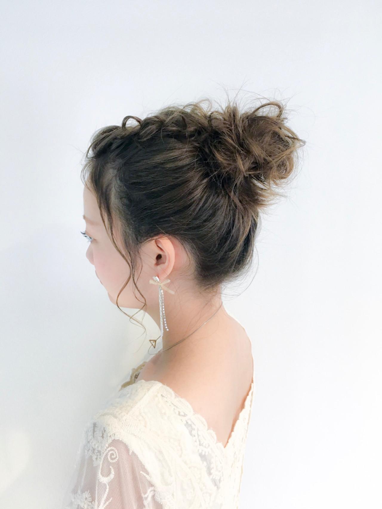 簡単お団子ヘアで小顔をGET!どこから見られても美人に見えるアレンジ集 美容師 HIRO