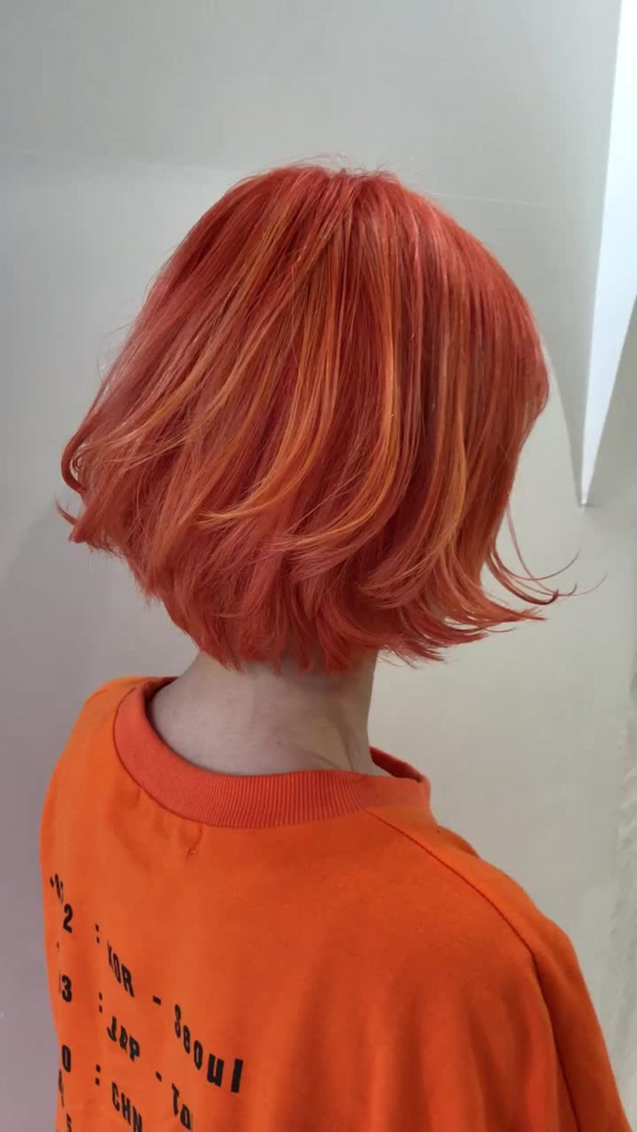 ショート ストリート ハイライト オレンジ ヘアスタイルや髪型の写真・画像