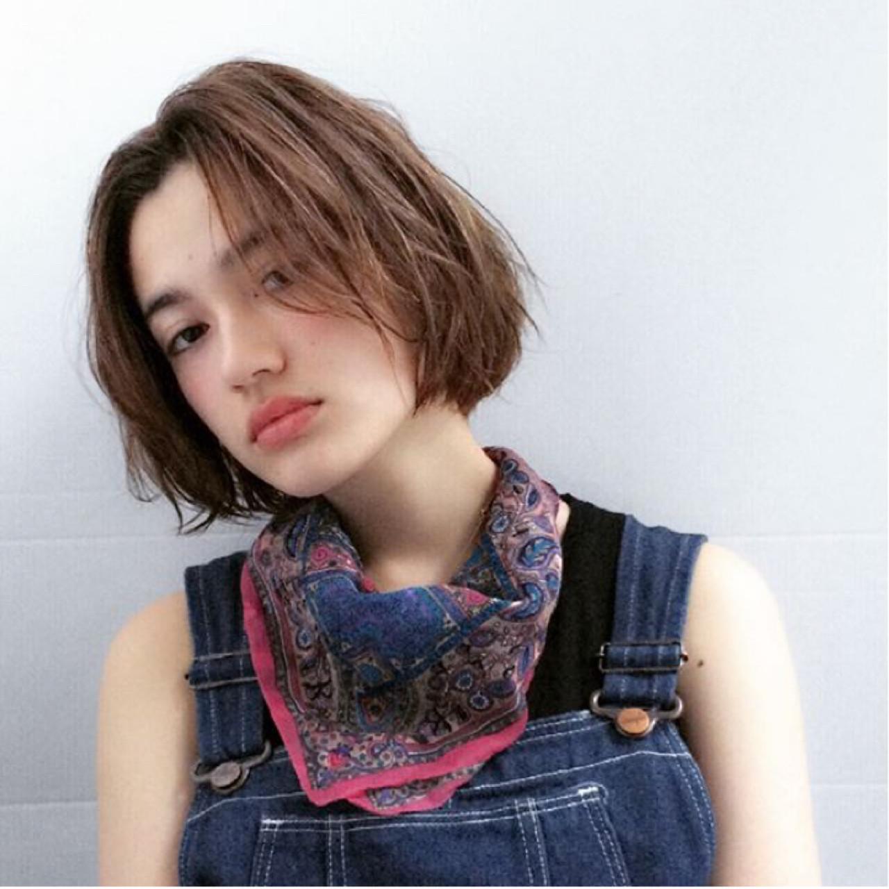 ゆるふわ ストリート 大人かわいい シースルーバング ヘアスタイルや髪型の写真・画像