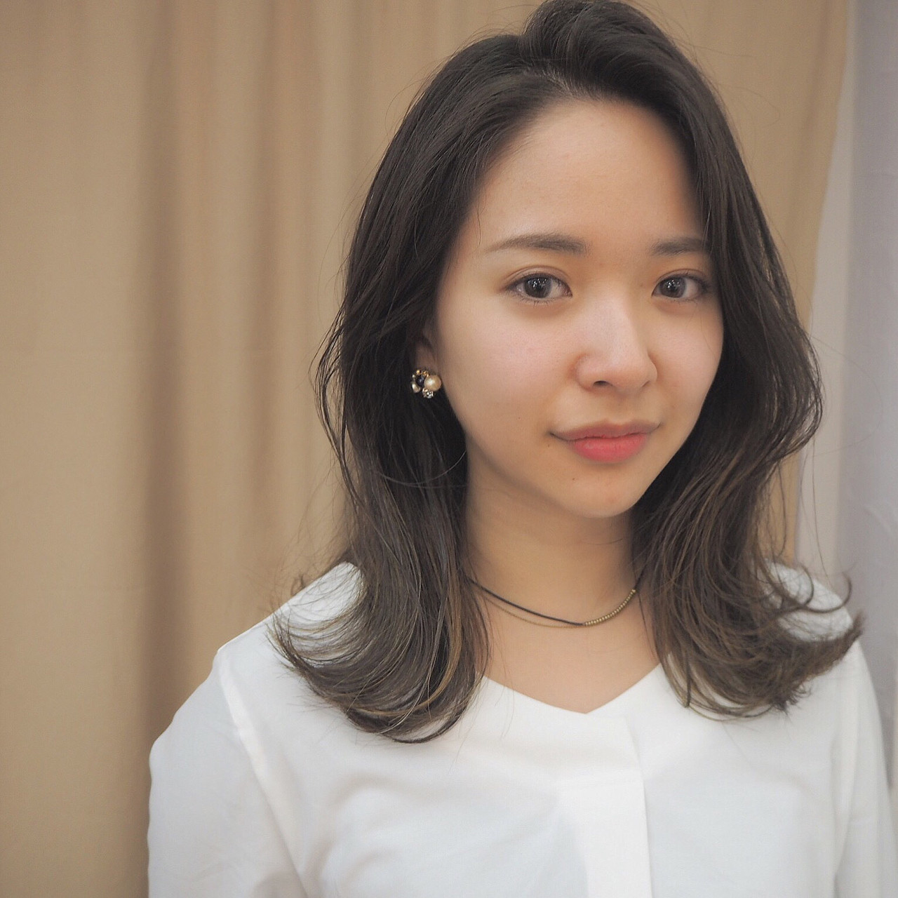 外国人風ヘアを目指す!グレー系のおすすめ髪色ヘアカタログ♡ 宮迫 真美