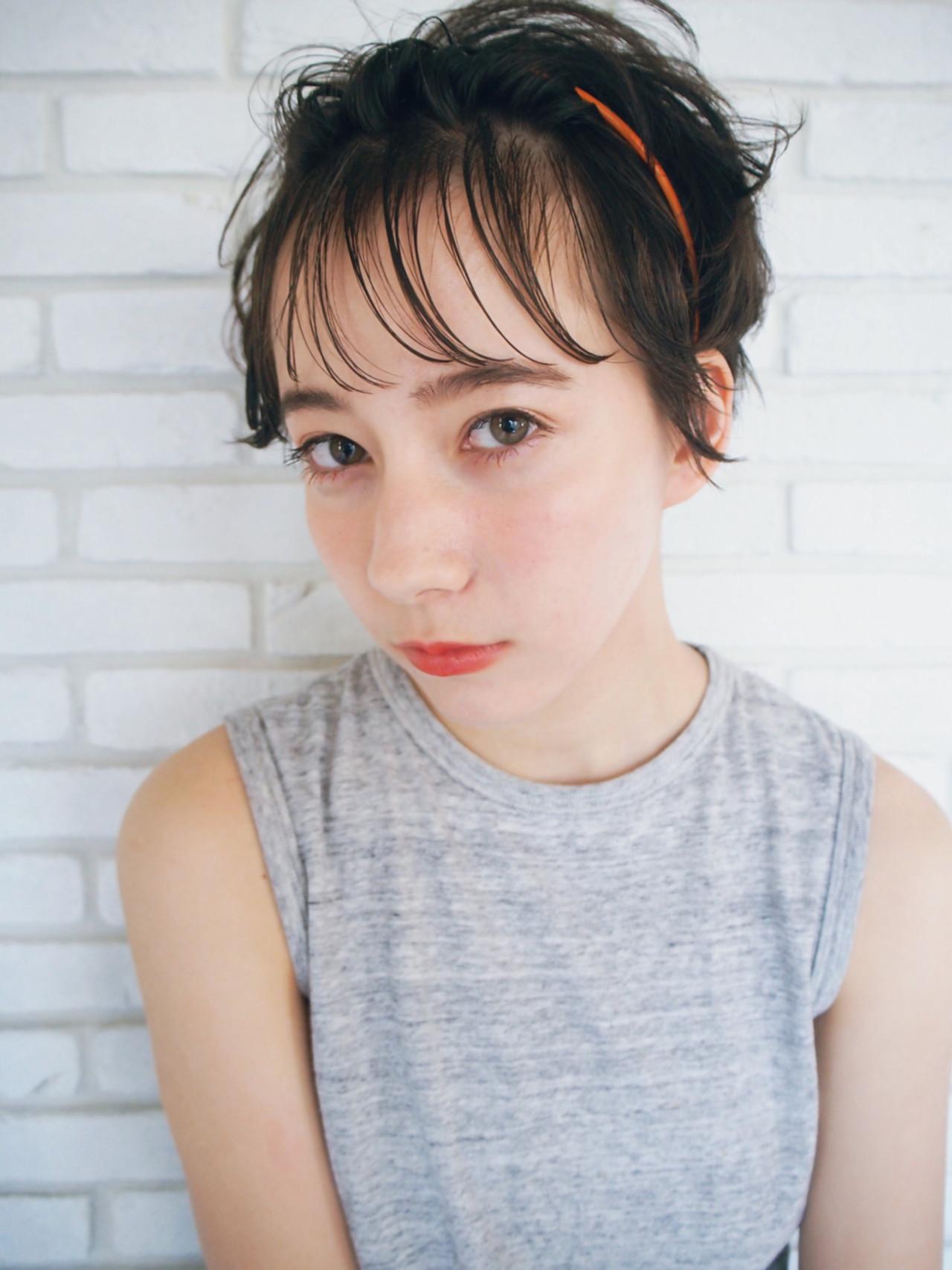 ヘアアレンジ 耳かけ 前髪あり ガーリー ヘアスタイルや髪型の写真・画像