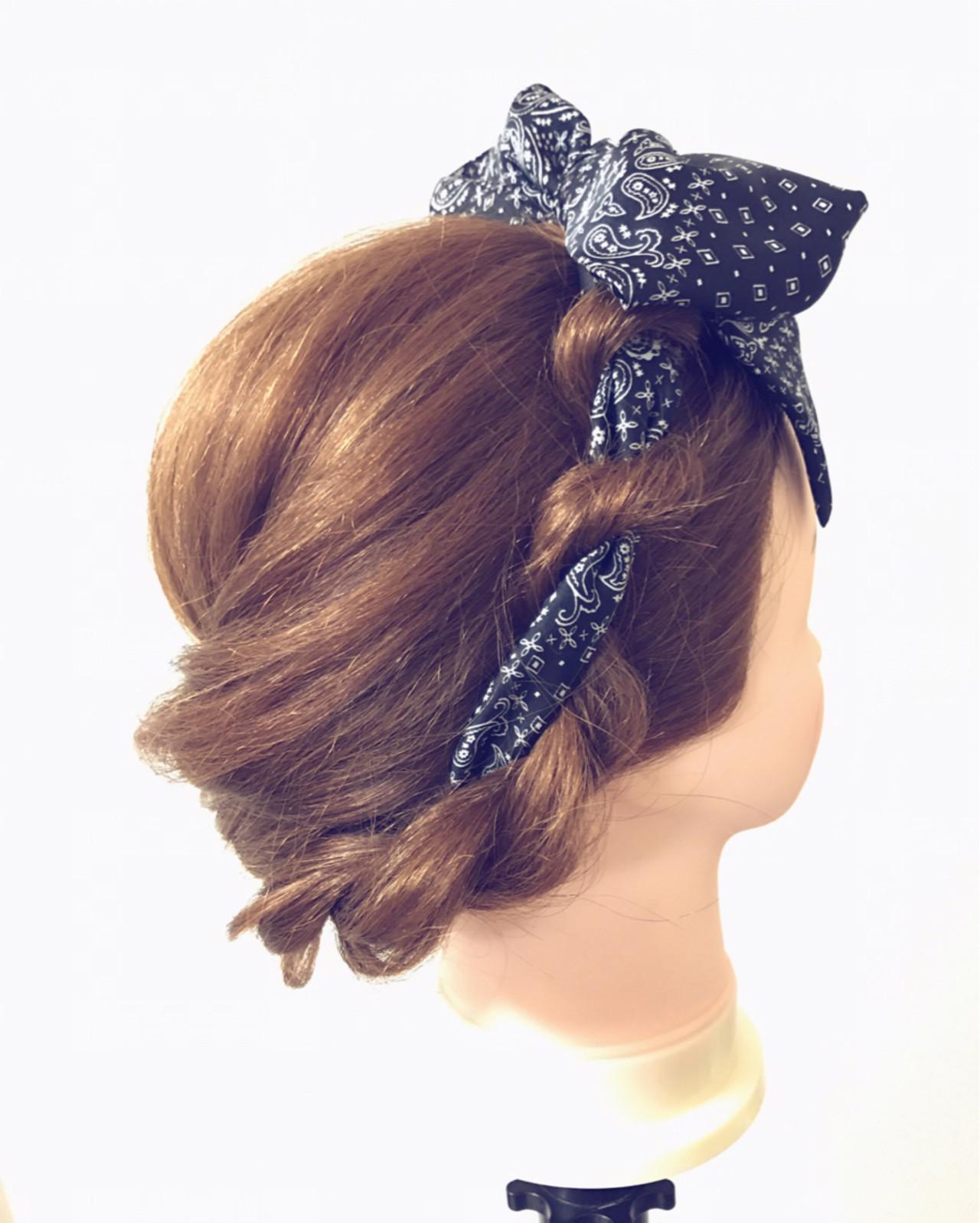 ヘアアレンジ セミロング ヘアアクセ 大人かわいい ヘアスタイルや髪型の写真・画像
