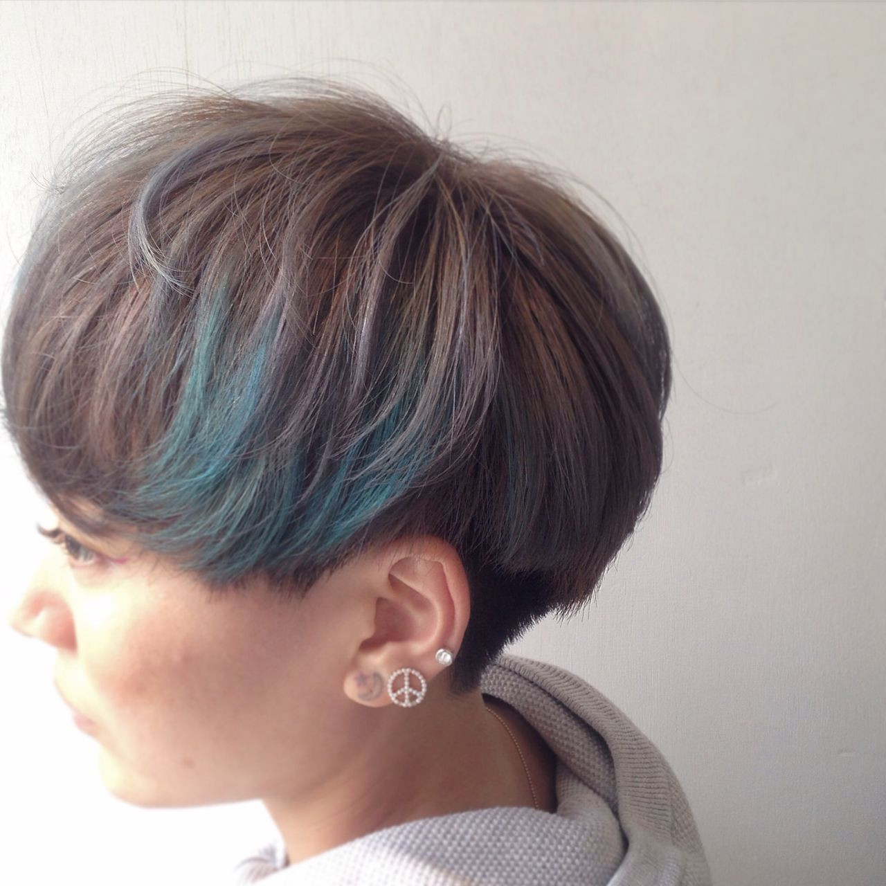 ショート ストリート グレー 夏 ヘアスタイルや髪型の写真・画像