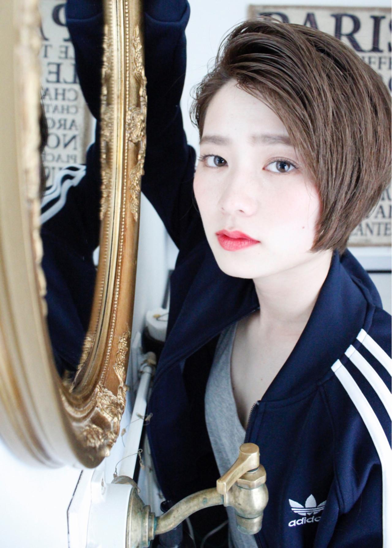 外国人風カラー 小顔 大人女子 ショート ヘアスタイルや髪型の写真・画像