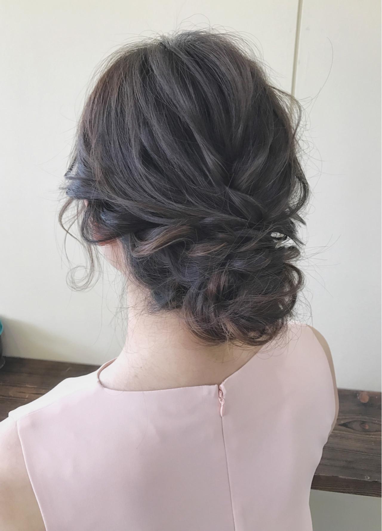 フェミニン セミロング 黒髪 結婚式 ヘアスタイルや髪型の写真・画像