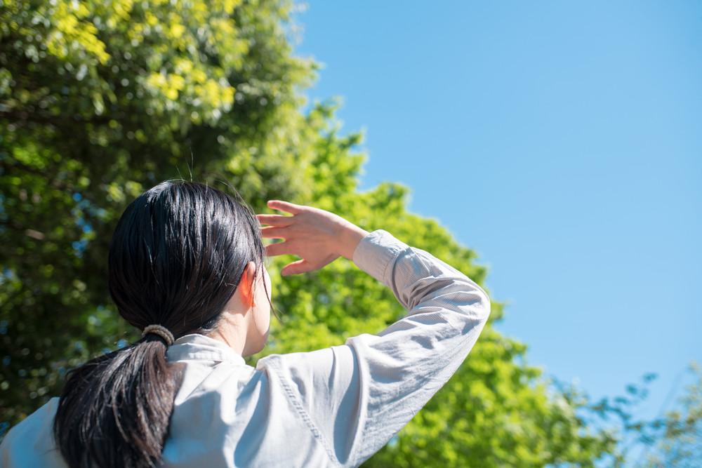 女性がやるべき地肌ケア!気になる頭皮の臭いの原因と対策とは?
