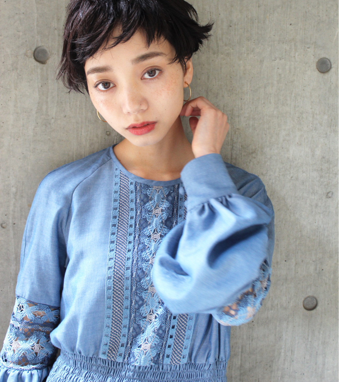 短くても可愛い髪型を楽しみたい!ショートヘアのアレンジ&セット法 永井 美菜子 bibito