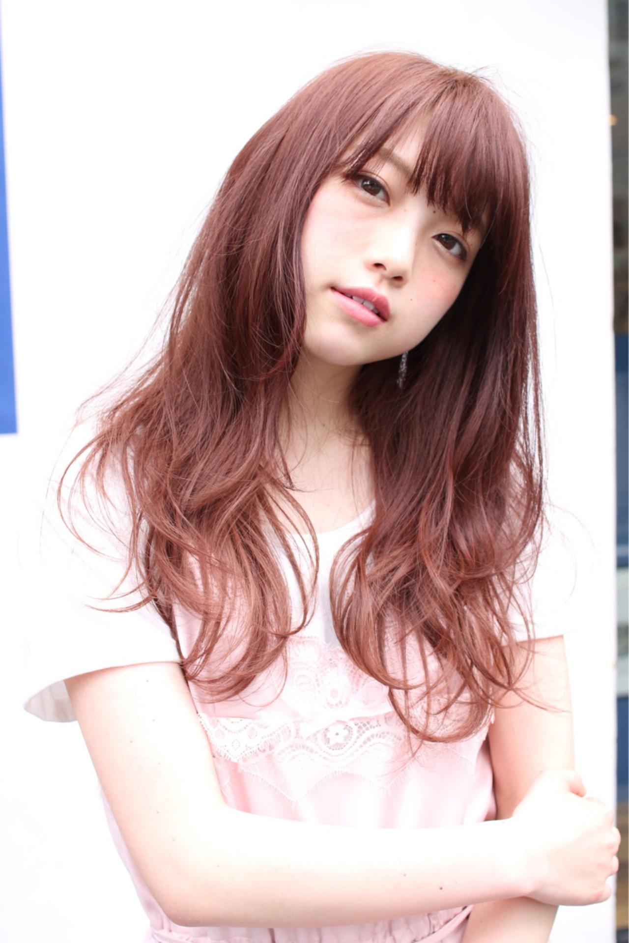 ピンク ロング ウェーブ ガーリー ヘアスタイルや髪型の写真・画像